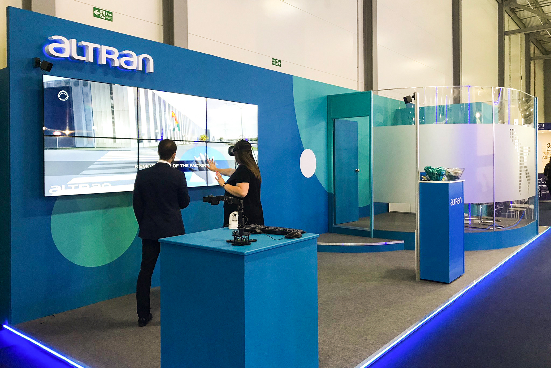 Altran stand design by Ouno Creative 2